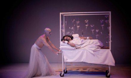 """""""Soma Mnemosine"""" del Teatro La Candelaria recibe premio a mejor espectáculo extranjero en Cuba"""
